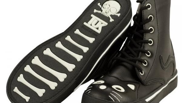 TUK Boot Black Kitty